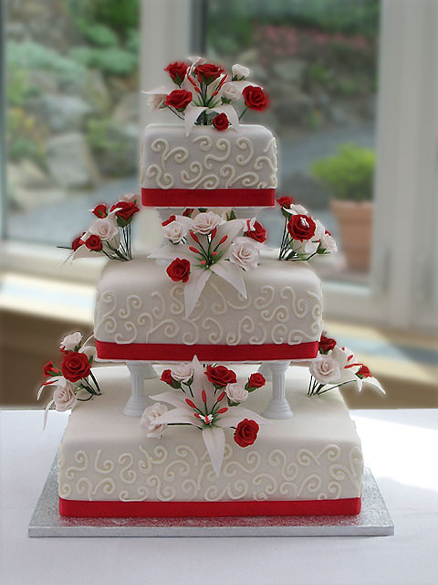 Wedding Cakes With Red  Wedding Accessories Ideas