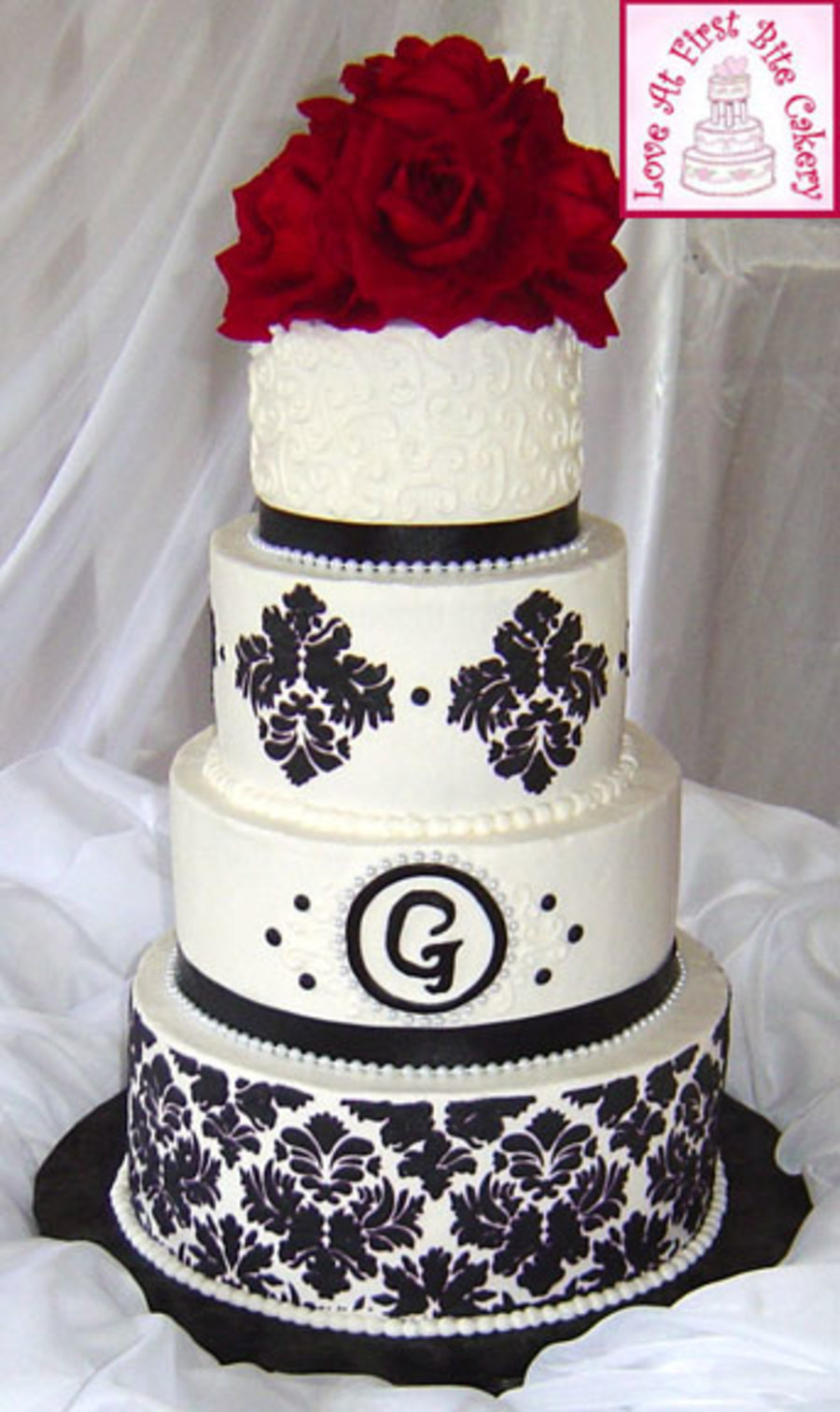Wedding Cakes With Red  Stenciled Black White Red Wedding Cake CakeCentral