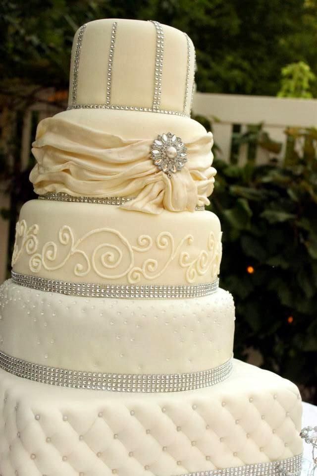 Wedding Cakes With Rhinestones  Layers of Love Elegant Rhinestone Wedding cake