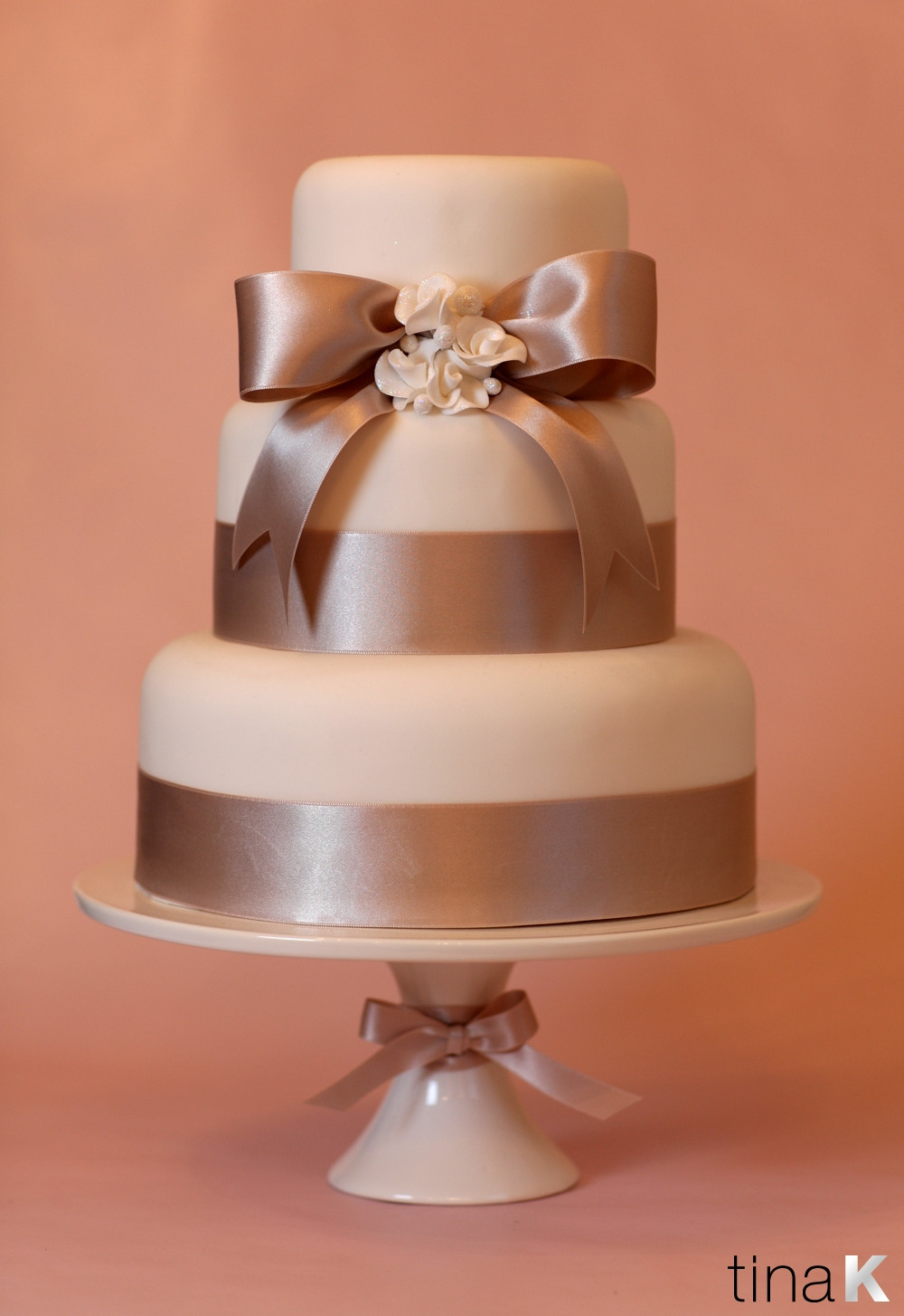 Wedding Cakes With Ribbon  Pin With Ribbons Ooey Gooey Cinnamon Sugar Filling