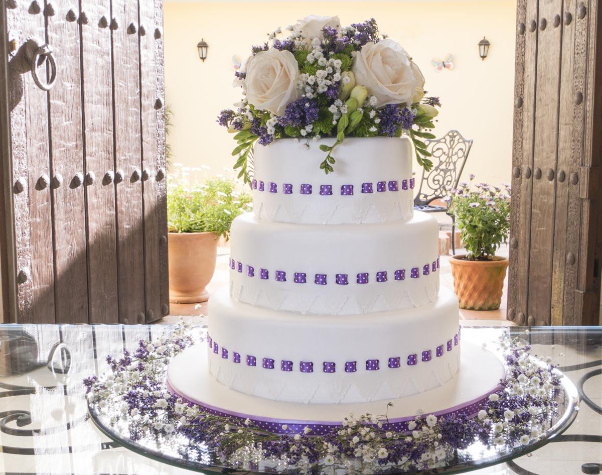 Wedding Cakes With Ribbon  Ribbon Insertion Wedding Cake Paul Bradford Sugarcraft