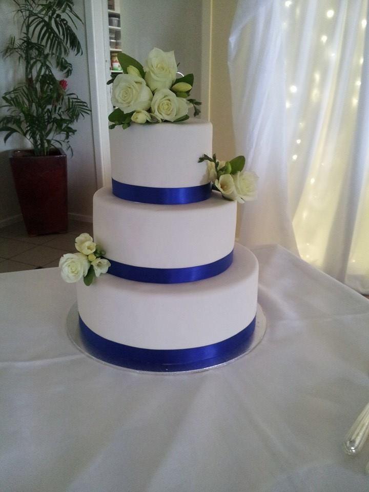 Wedding Cakes With Ribbon  Blue ribbon wedding cake