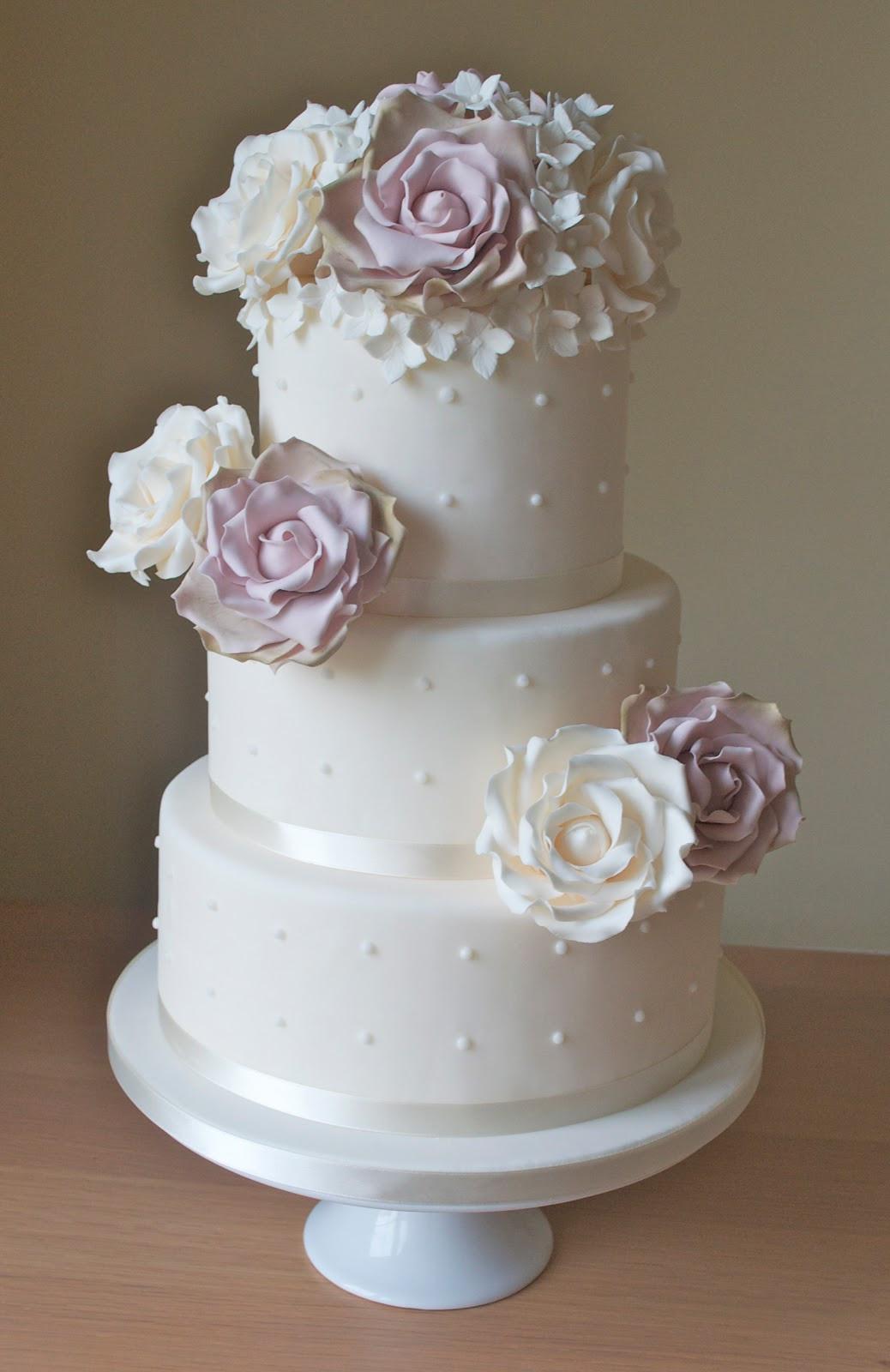 Wedding Cakes With Roses  Vintage Roses Wedding Cake