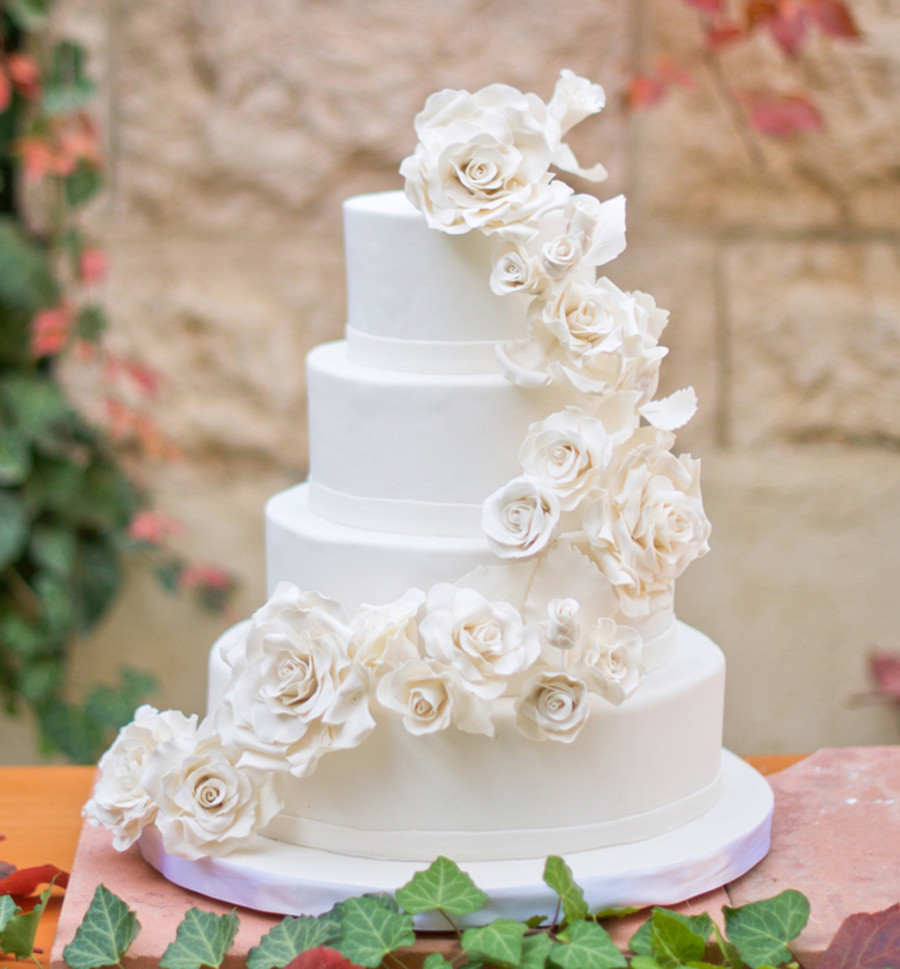Wedding Cakes With Roses  White Roses Wedding Cake CakeCentral