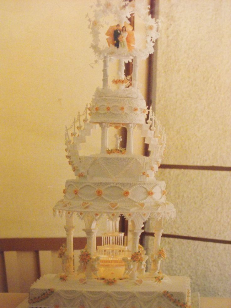 Wedding Cakes With Stairs  26 best Wedding Cakes with Fountains and stairs images on