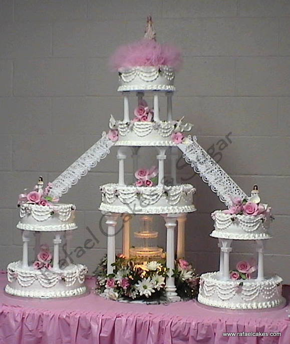 Wedding Cakes With Stairs  10 Pink And Purple Wedding Cakes With Stairs