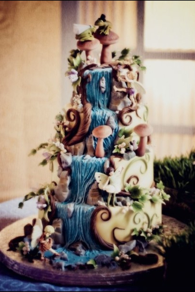 Wedding Cakes With Waterfalls  70 best wedding cakes images on Pinterest