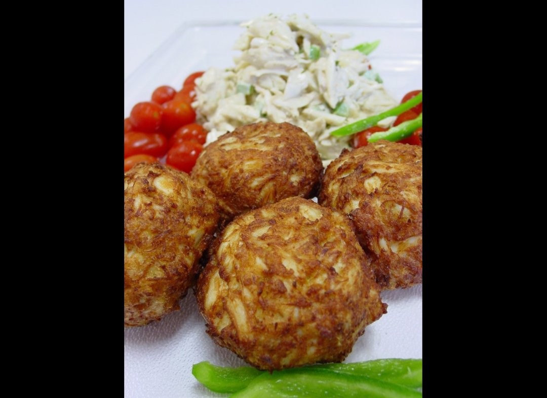 Wedding Crashers Crab Cakes  Best Airport Food Eight Restaurants For Chowing Down