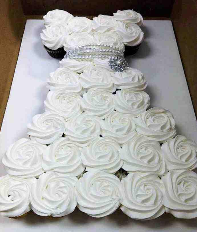 Wedding Cup Cakes  DIY Cupcake Wedding Dress Cake Do It Yourself Fun Ideas