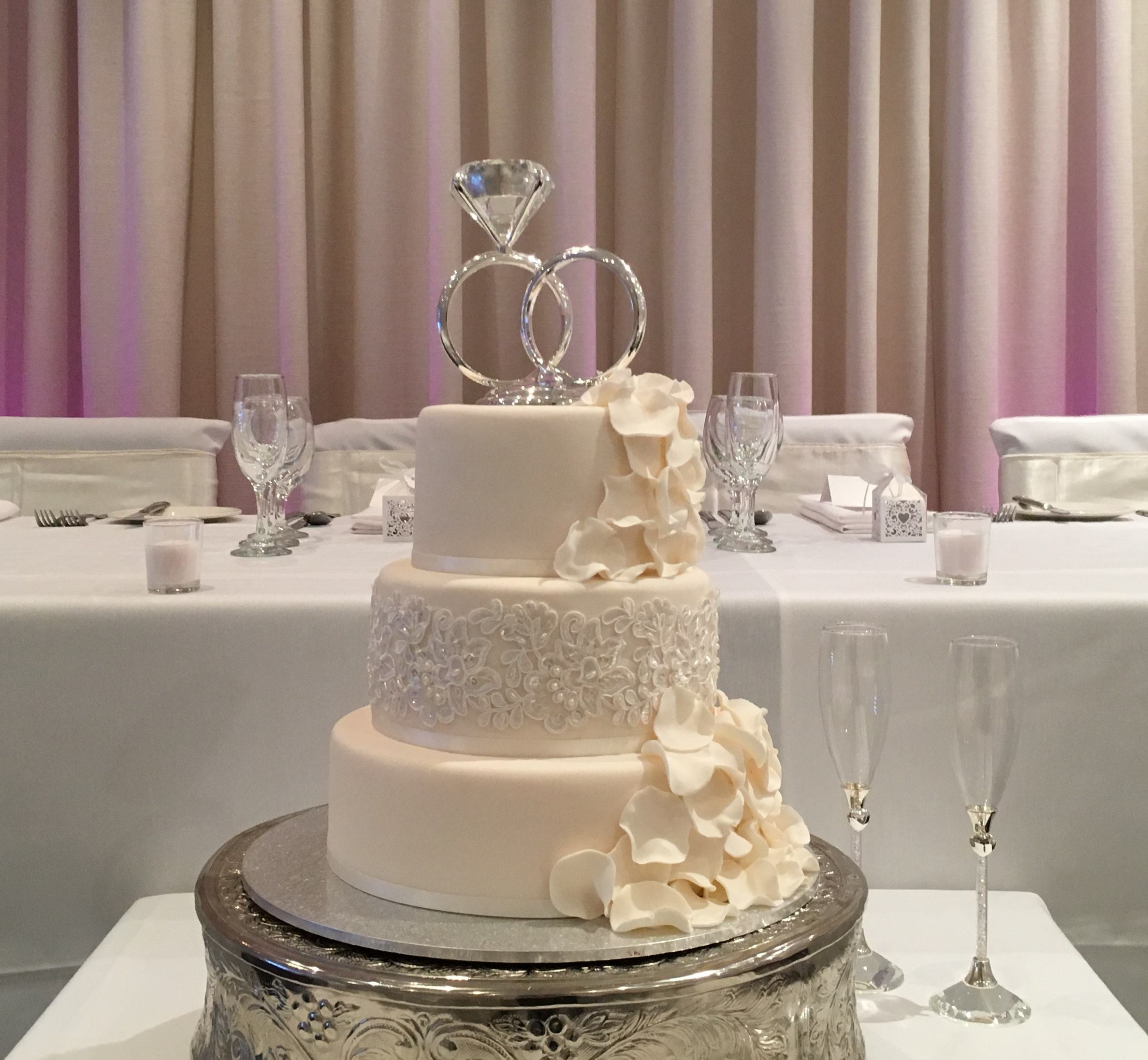 Wedding Cup Cakes Pictures  Top 10 wedding cake suppliers in Melbourne 2018
