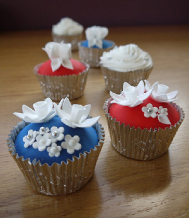 Wedding Cup Cakes Recipes  wedding cakes on Pinterest
