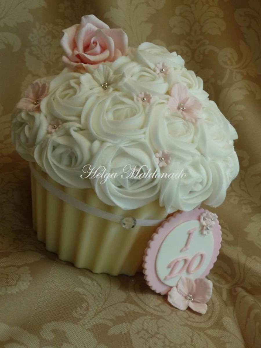 Wedding Cup Cakes  Jumbo Cupcake Wedding Cake CakeCentral