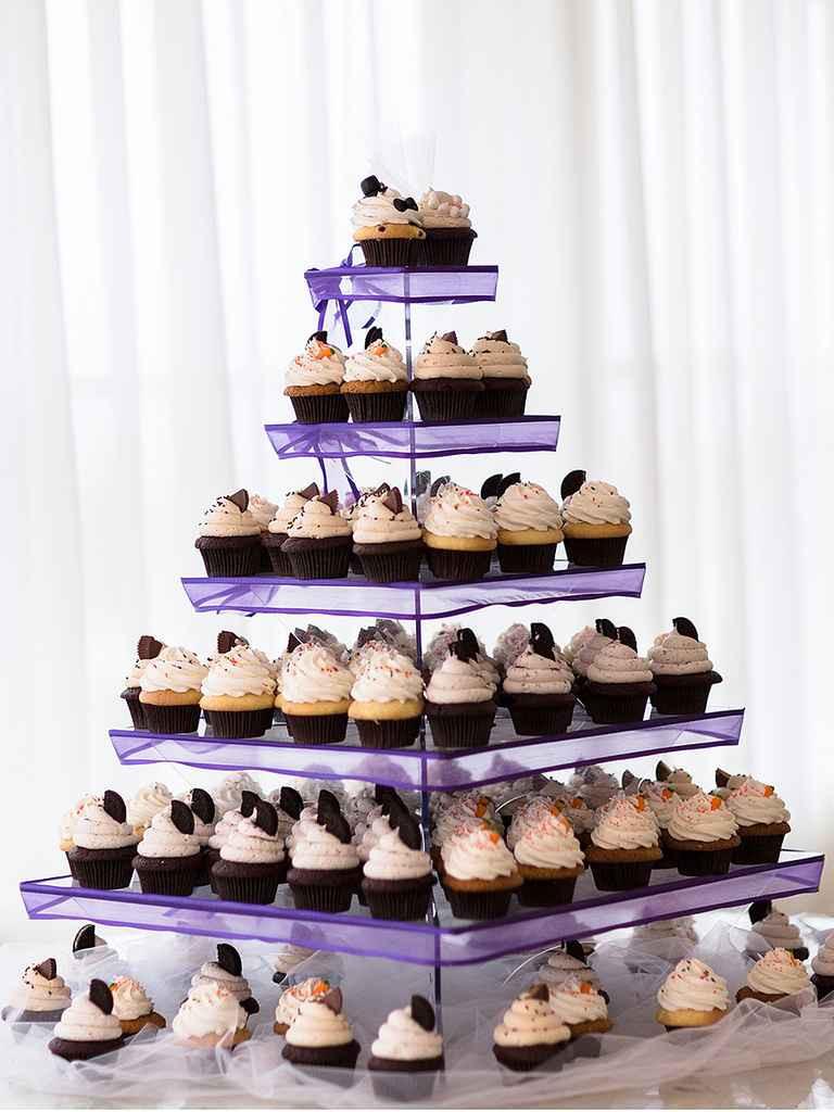 Wedding Cupcake Cakes  16 Wedding Cake Ideas With Cupcakes