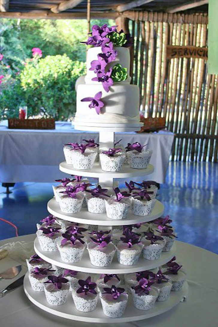 Wedding Cupcake Cakes Designs  10 TOTALLY UNIQUE WEDDING CUPCAKE IDEAS