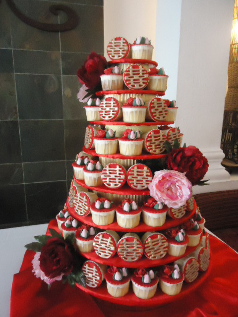Wedding Cupcake Stand For 100 Cupcakes  Wedding Cakes Sweets and more Ipoh Malaysia