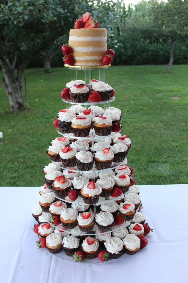 Wedding Cupcakes Towers  1000 ideas about Wedding Cupcake Towers on Pinterest