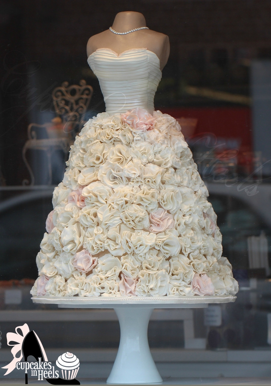 Wedding Dress Cakes  Sculpture Mannequin Bridal Gown Dress Ivory And Hints
