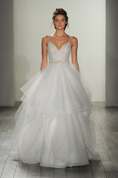 Wedding Dress With Spaghetti Straps  30 Pretty Wedding Gowns With Spaghetti Straps