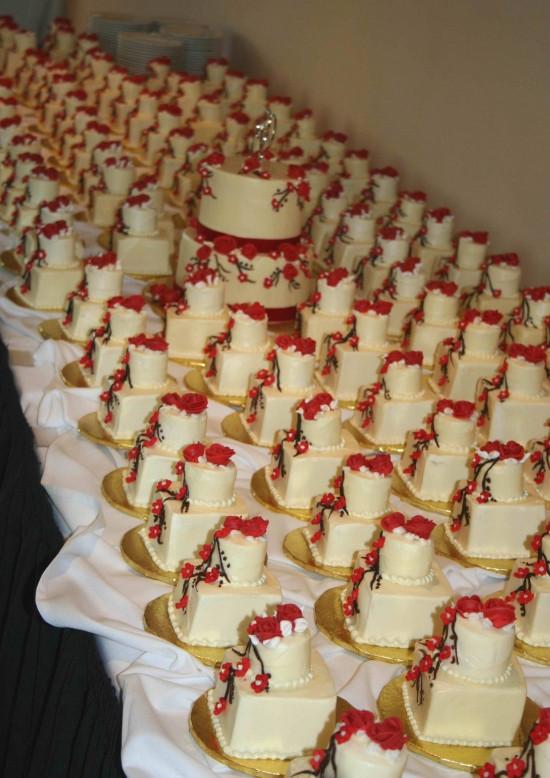 Wedding Miniature Cakes  Mini Wedding Cakes