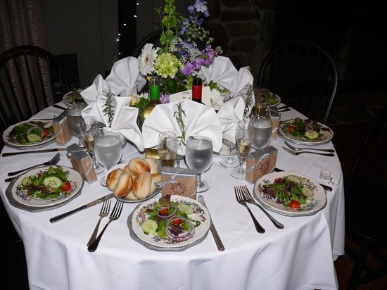 Wedding Reception Dinners  table setting for the wedding reception dinner Picture
