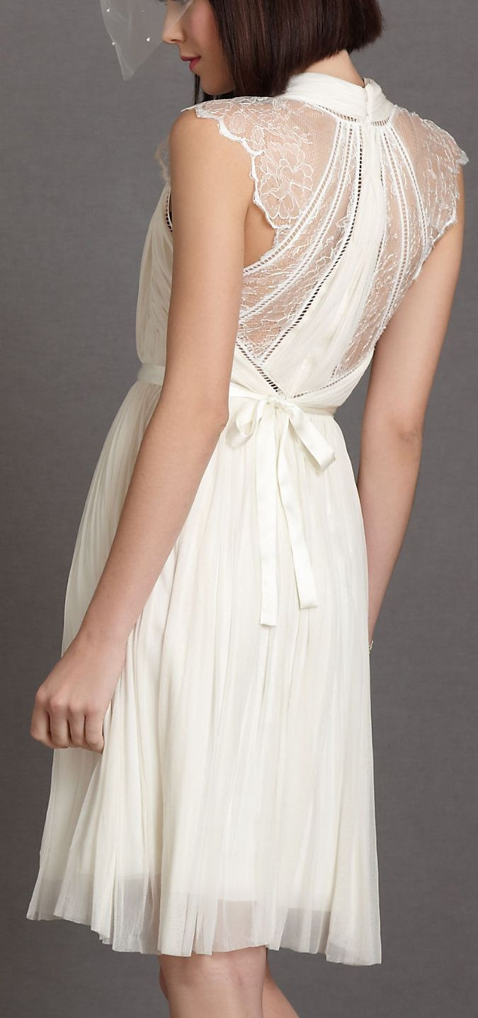 Wedding Rehearsal Dinner Attire  Best 25 White bridal shower dress ideas on Pinterest