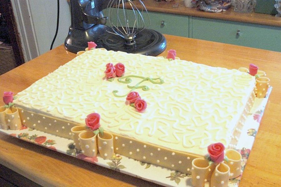 Wedding Shower Sheet Cake  Bridal Shower Sheet Cake W fondant Ribbon And Duff Roses