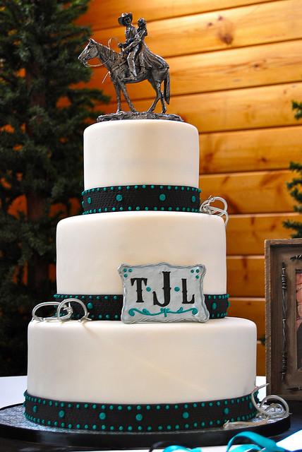 Western Theme Wedding Cakes  ec74e6a835 z