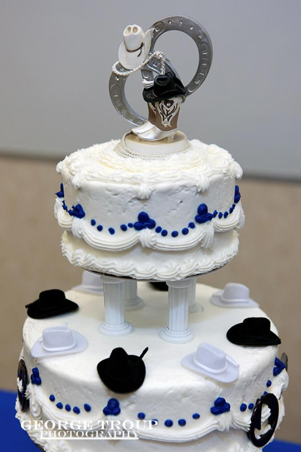 Western Wedding Cakes  Western Square Wedding Cake Ideas