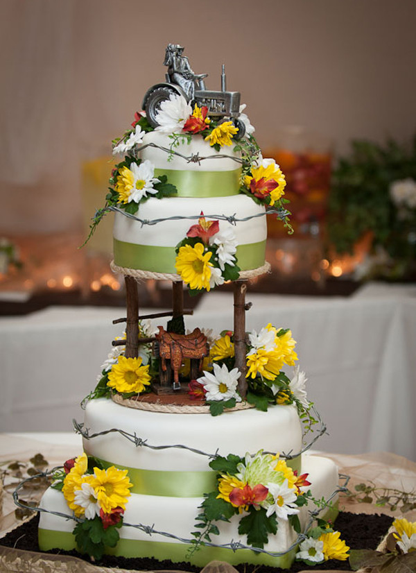 Western Wedding Cakes  Ideas of the Western Themed Wedding Cakes