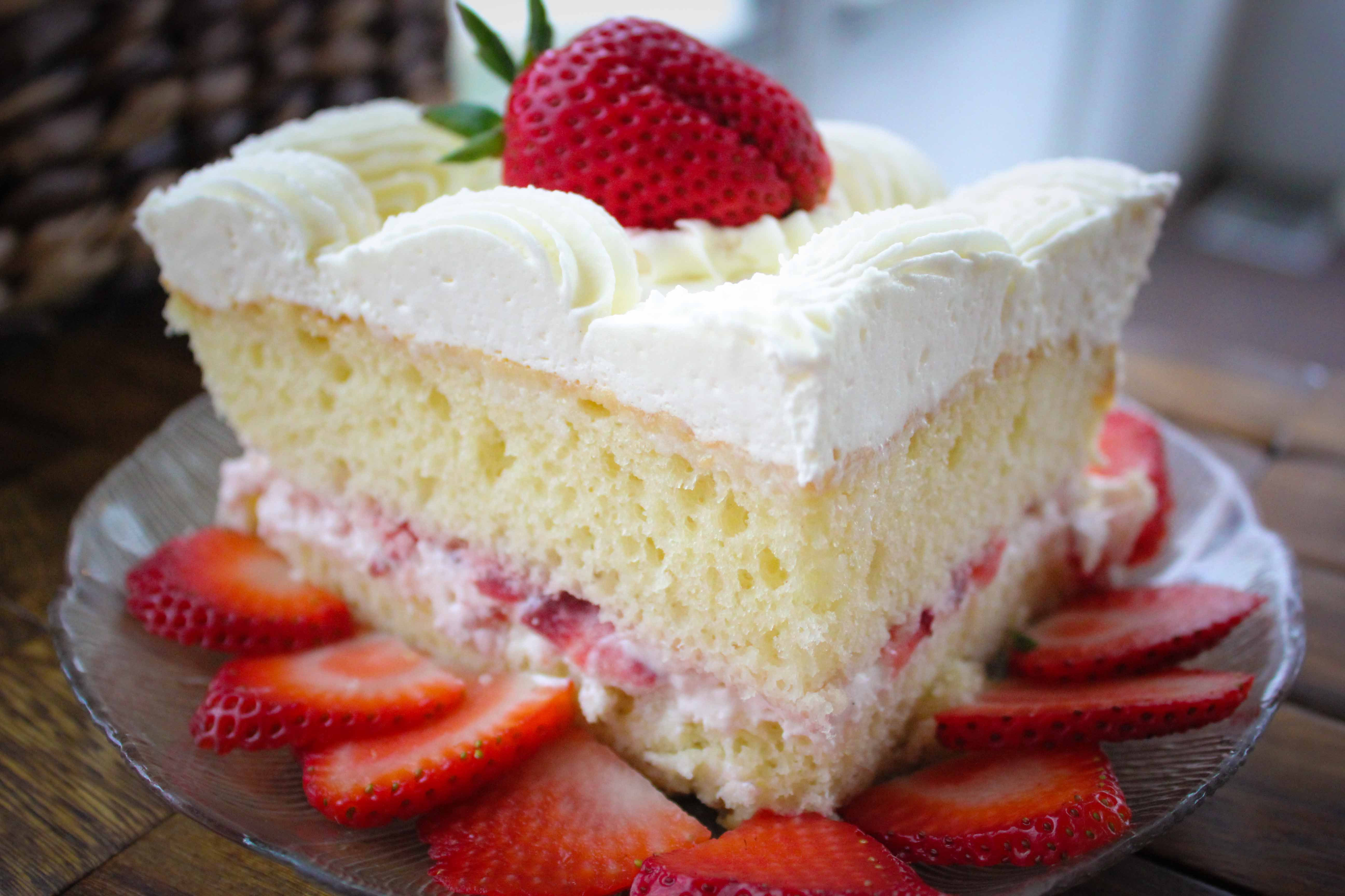 Wheatfields Strawberry Wedding Cake Recipe  Full Service Bakery Restaurant & Catering