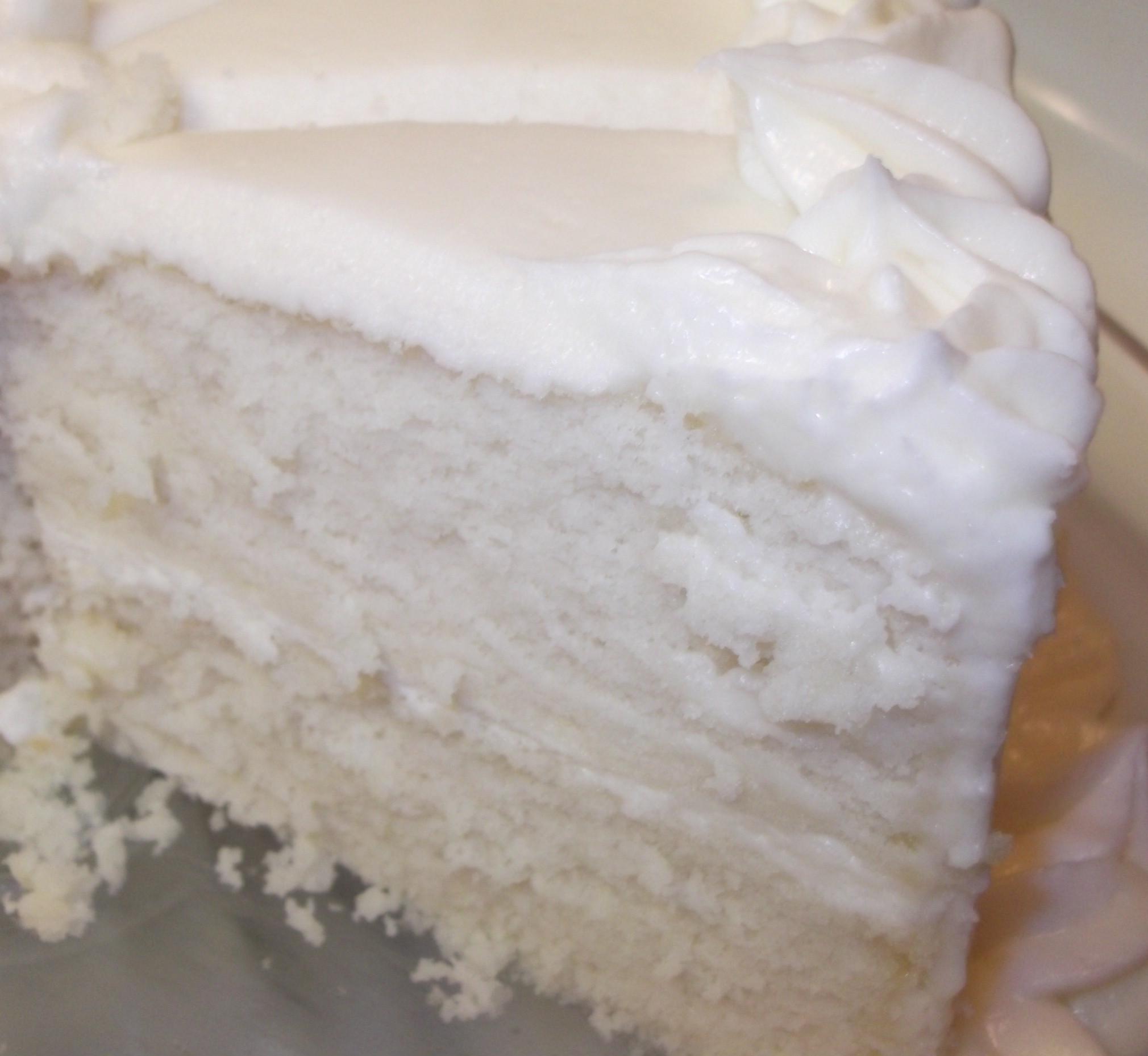 White Almond Wedding Cake Recipe  Wedding Cake Practice