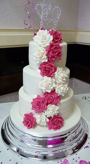 White And Pink Wedding Cakes  beautiful white and pink wedding cakes 8