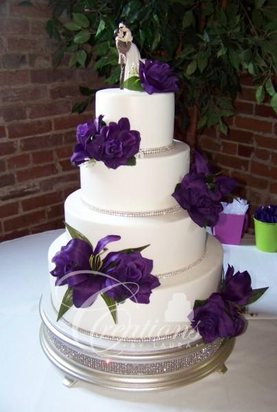 White And Purple Wedding Cake  2015 Wedding Cakes