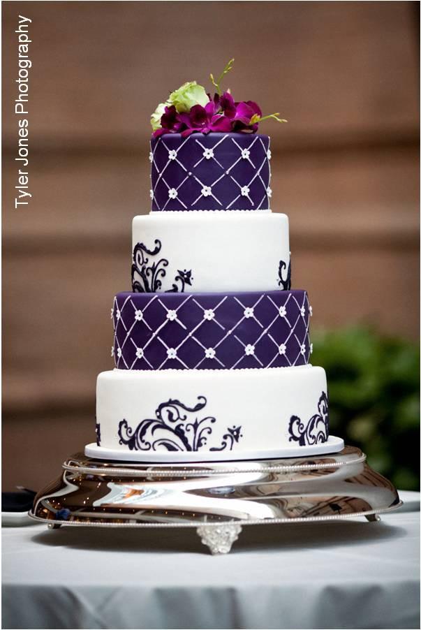 White And Purple Wedding Cake  purple wedding cakes