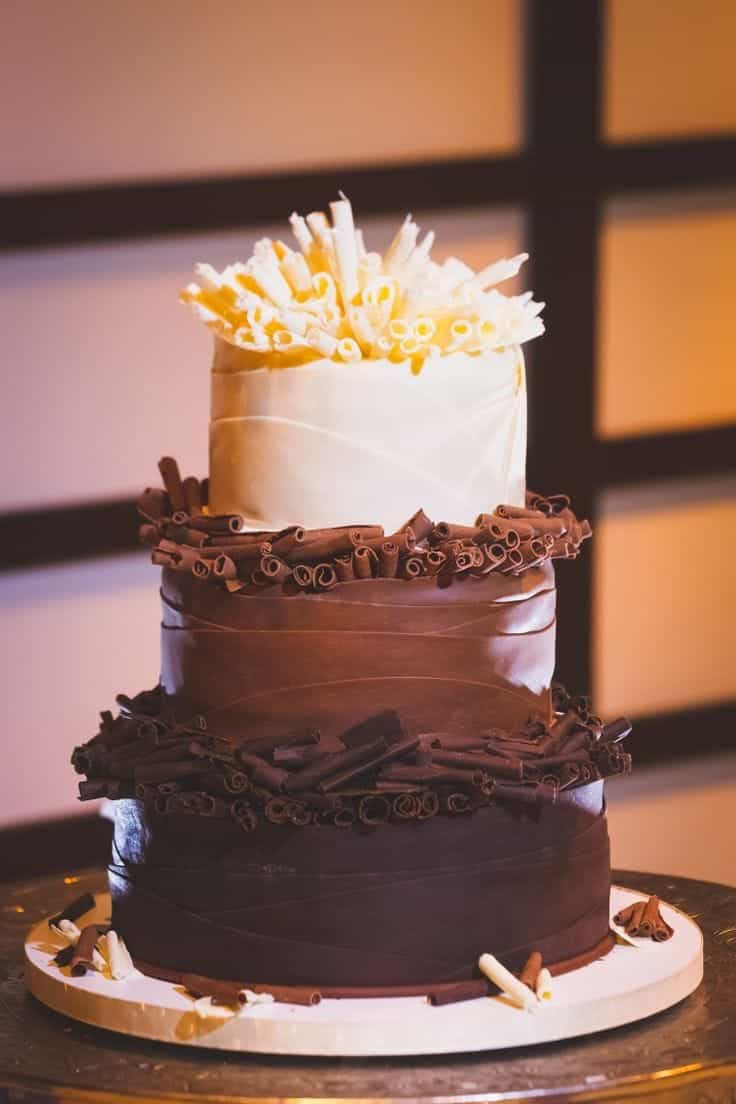White Chocolate Wedding Cake  30 Delicious And Gorgeous Chocolate Wedding Cakes