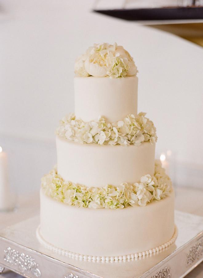 White On White Wedding Cake  All White Wedding Cakes Belle The Magazine