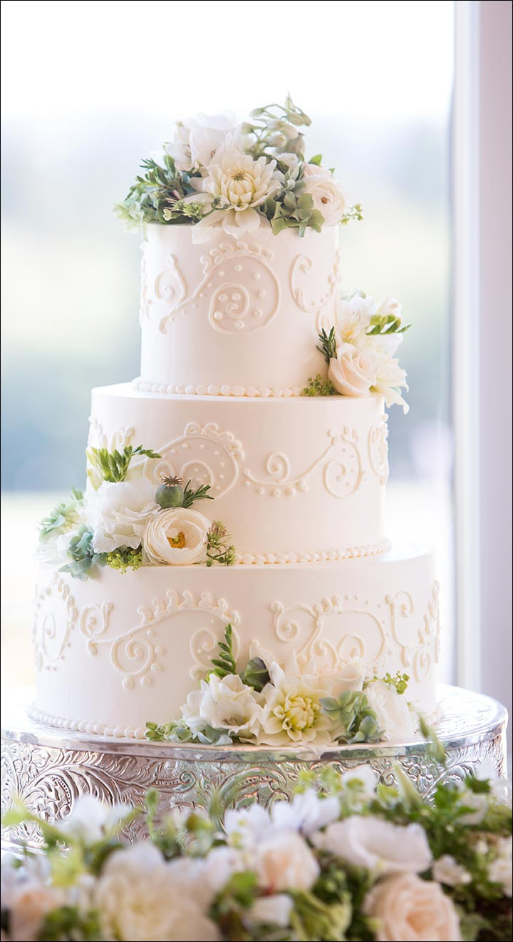 White On White Wedding Cake  Wedding Cakes 28 Divinely Delicious Cakes To Celebrate