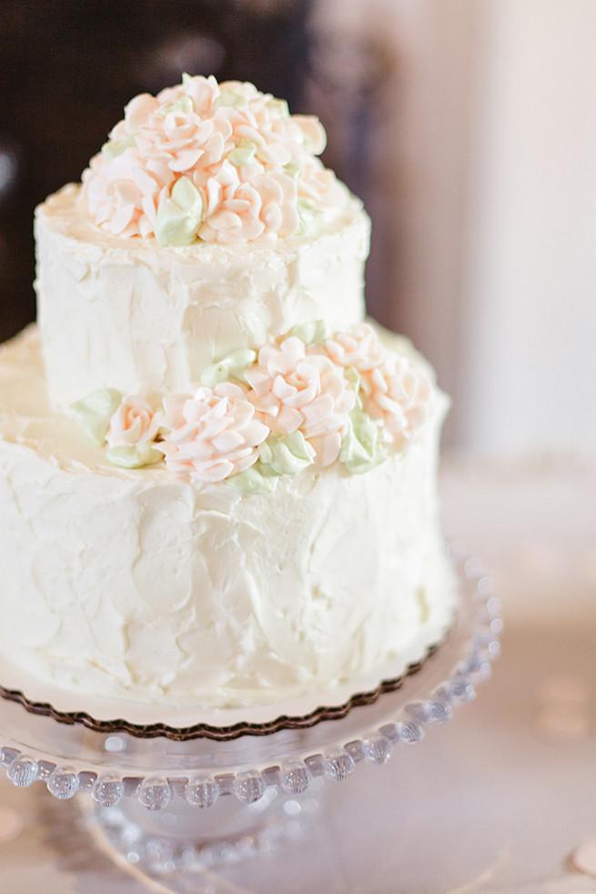 White Wedding Cake  25 Amazing All White Wedding Cakes