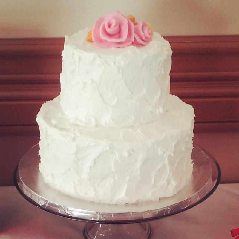White Wedding Cake Icing  White wedding cake icing idea in 2017