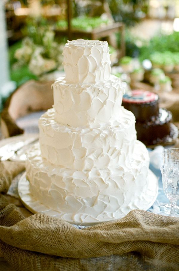 White Wedding Cake Icing  46 best images about wedding cakes buttercream on