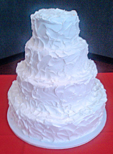 White Wedding Cake Icing  White Wedding Cakes With Buttercream Frosting