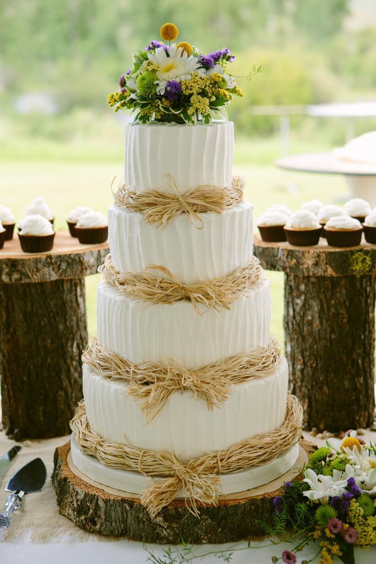 White Wedding Cake Icing  7 Beautiful Buttercream Frosted Wedding Cakes crazyforus