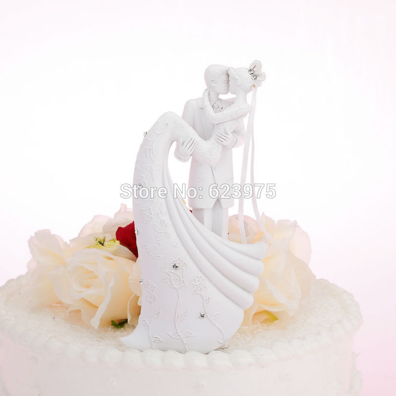 White Wedding Cake Topper  KateMelon Bride & Groom Wedding Cake Toppers Figurines