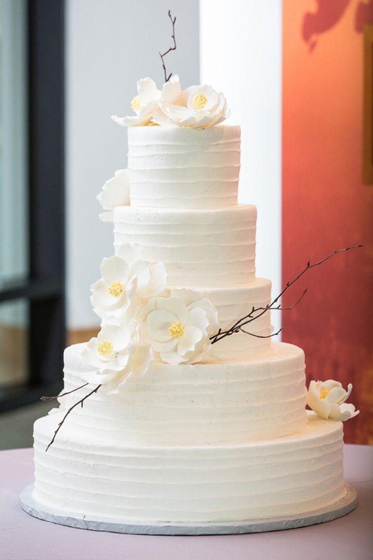 White Wedding Cake With Flowers  white wedding cake white sugar dogwood flowers