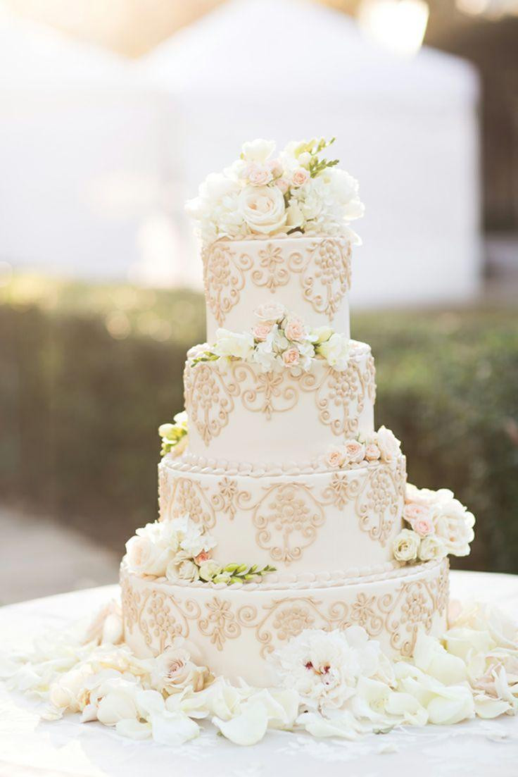 White Wedding Cake With Flowers  Gold Wedding Gorgeous White Wedding Cake And Flowers
