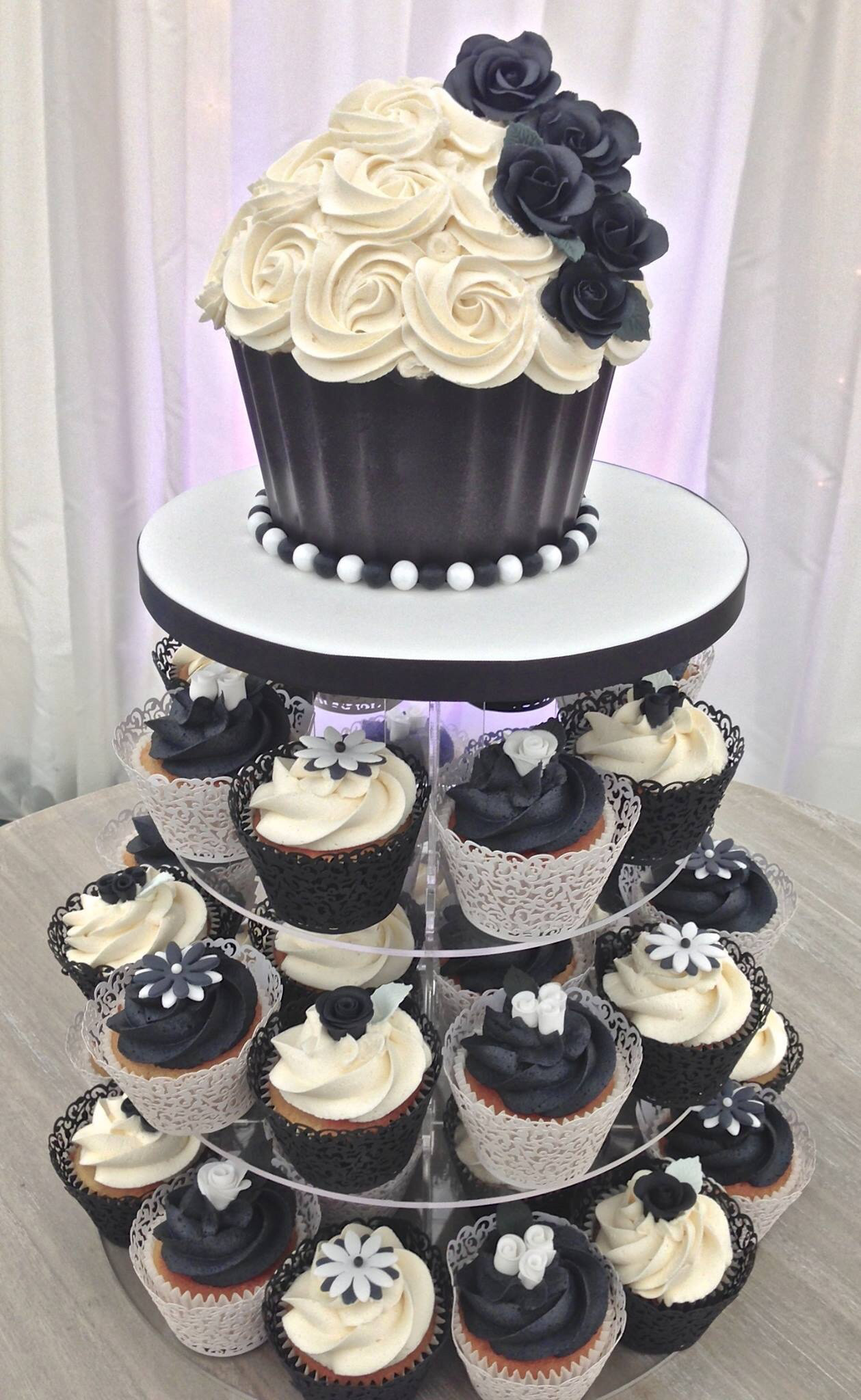 White Wedding Cupcakes  White Wedding Cake Cupcakes