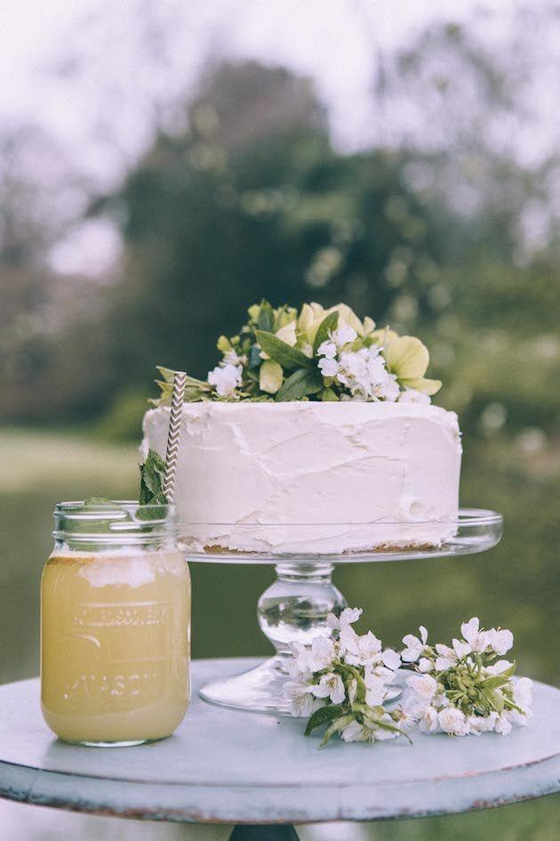 Who Makes Wedding Cakes  10 TIPS FOR MAKING YOUR OWN WEDDING CAKE crazyforus