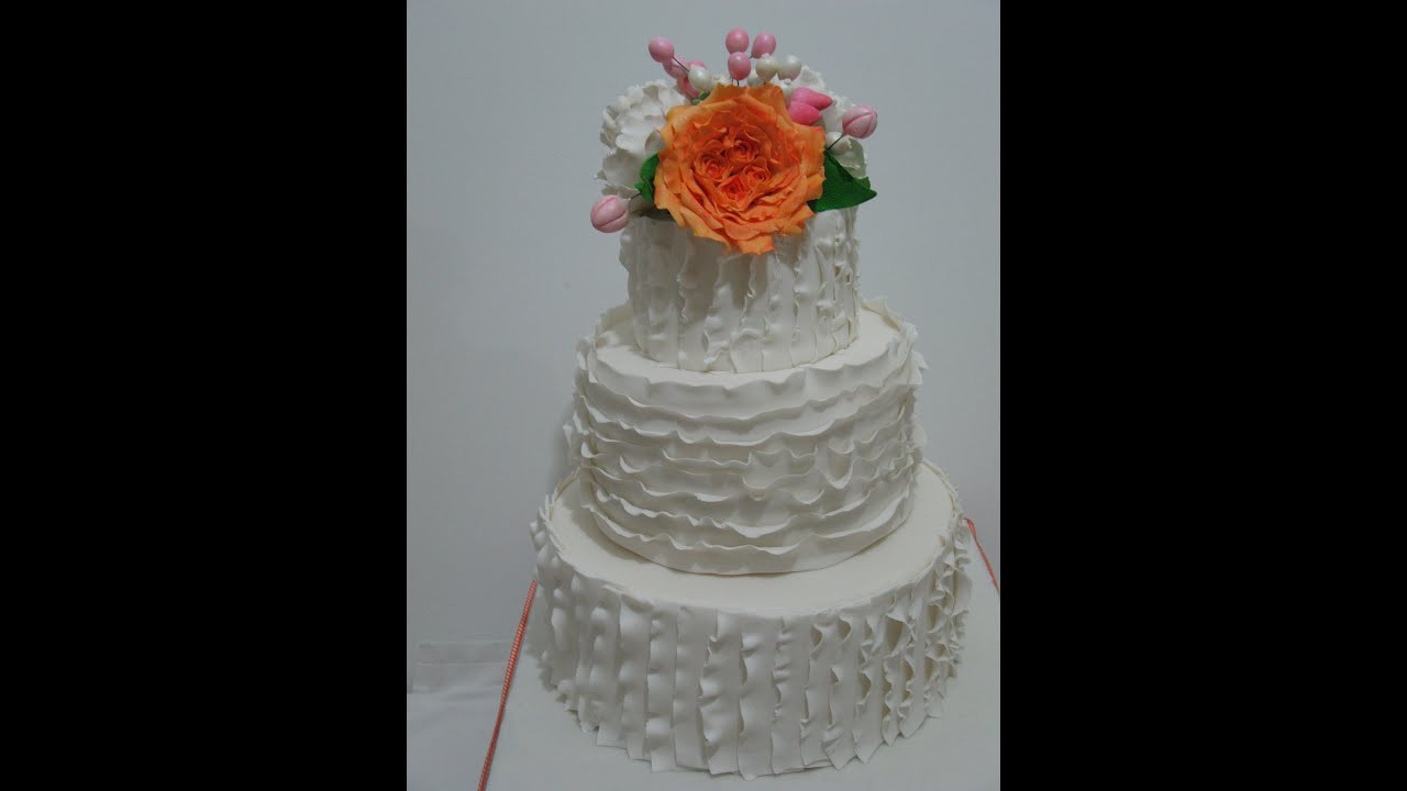 Who Makes Wedding Cakes  How to make a Ruffle Wedding Cake