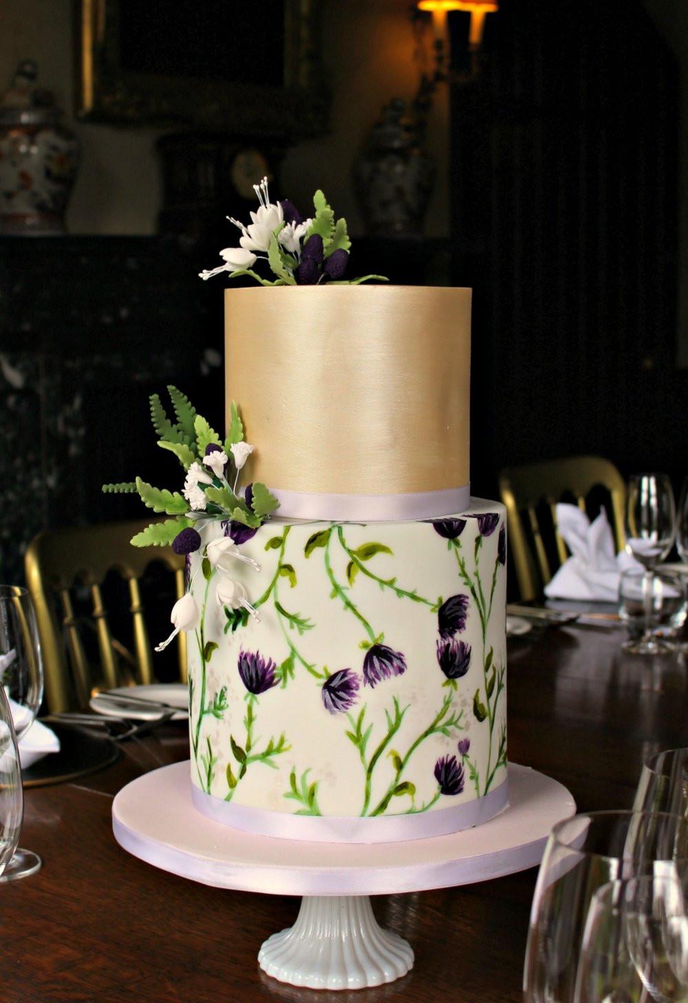 Who Makes Wedding Cakes  Rosewood Wedding Cakes