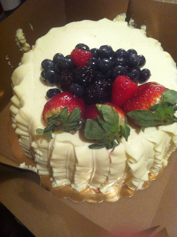 Whole Foods Wedding Cakes  Delicious Chantilly fruit cake from Whole Foods one on my